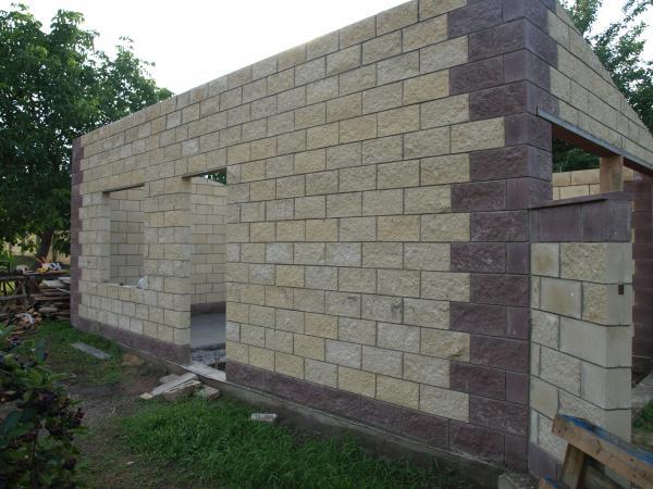 гараж из полистиролбетонных блоков